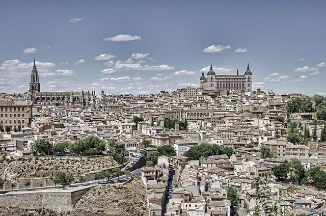 Toledo (2).-