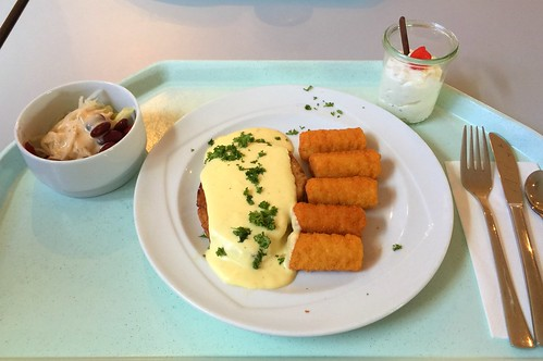 Pork steak with sauce hollandaise & croquettes / Schweinesteak mit Sauce Hollandaise & Kroketten