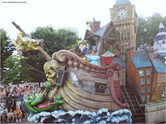 Disneyland Paris Parade | Peter Pan.