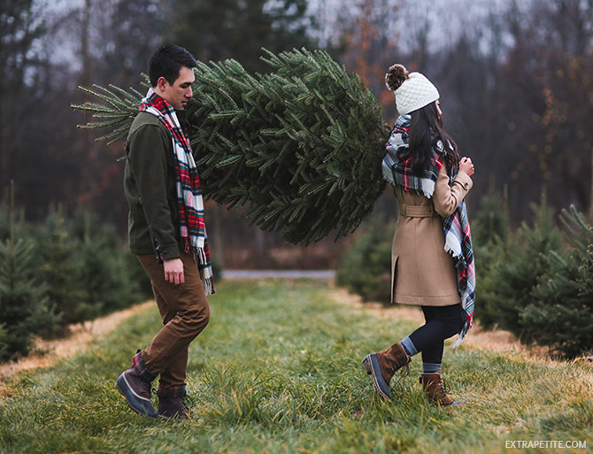Ellms christmas tree farm saratoga - winter holiday outfits
