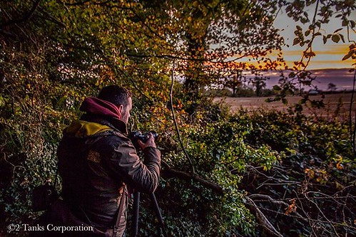 A rare sight of the maestro @canonsnappa in action from a sunrise shoot at Rathescar lake.