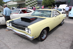 1968 Plymouth RoadRunner A12