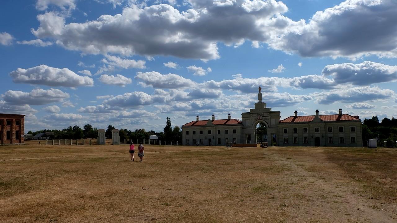 Дворец Сапегов, Ружаны, Беларусь