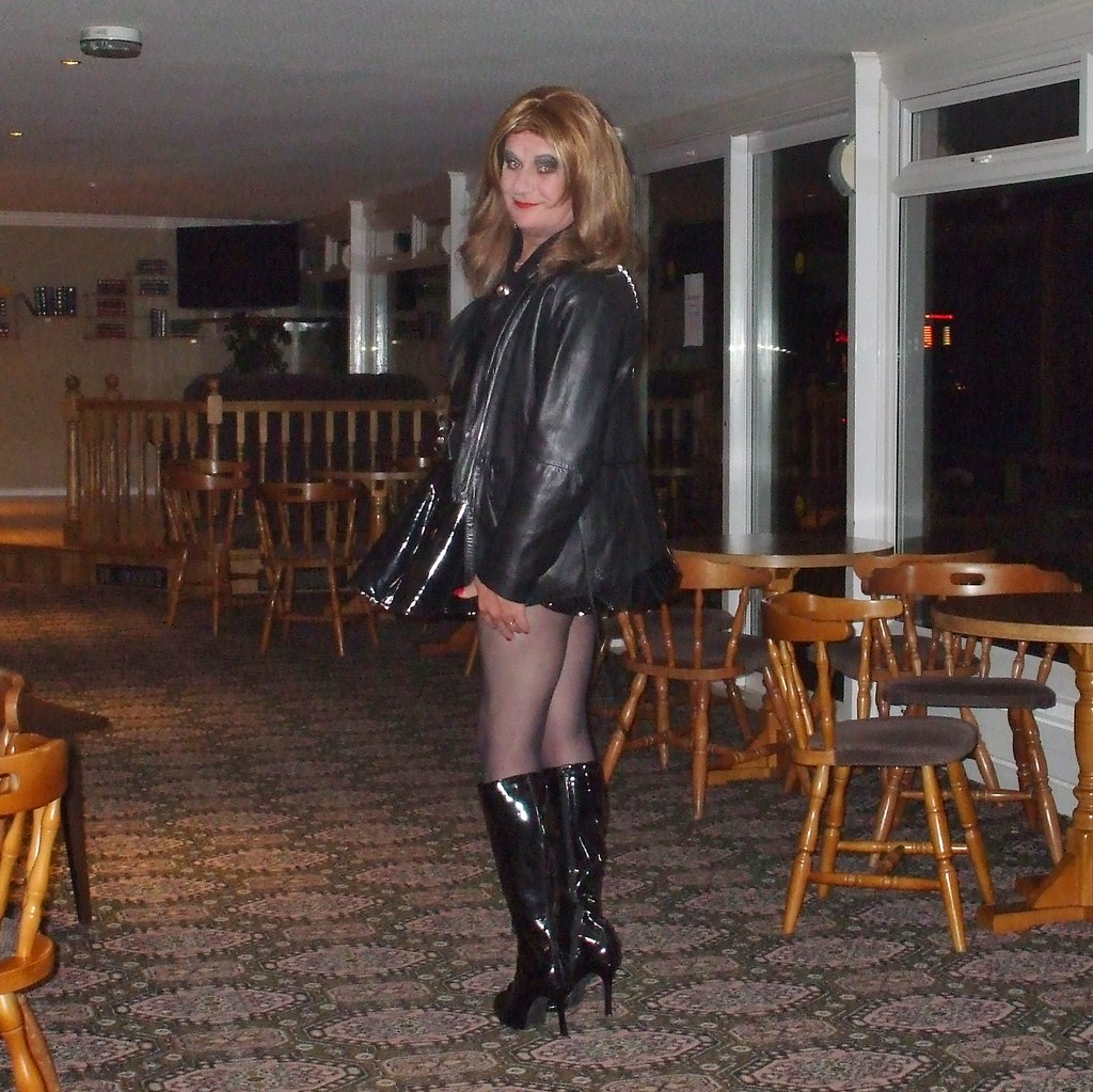 Blonde tgirl in boots