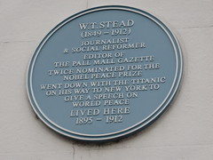 Photo of W. T. Stead blue plaque