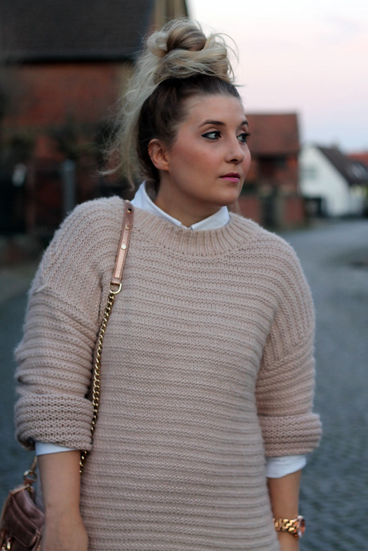 outfit-modeblog-haare-frisur-tutorial-messy-bun-inspo