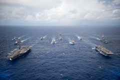 Ships of Carrier Strike Group 5 and Expeditionary Strike Group 7 steam in formation as exercise Valiant Shield 2016 comes to a close. (U.S. Navy/MC2 Christian Senyk)