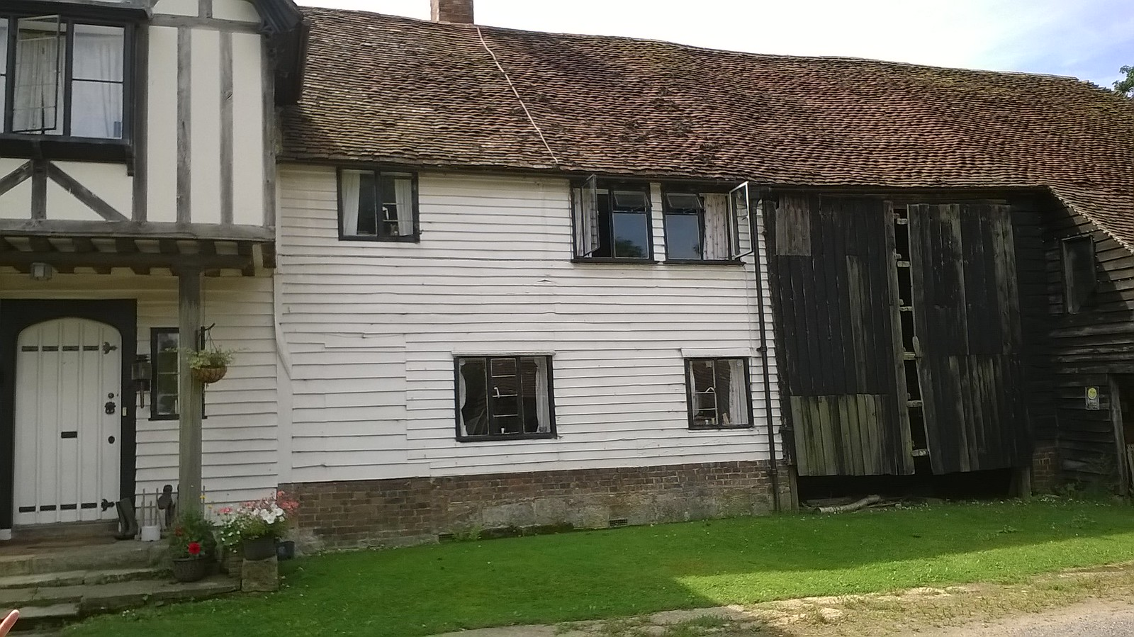 Half timbered and more... Kent house, near Smarts Hill
