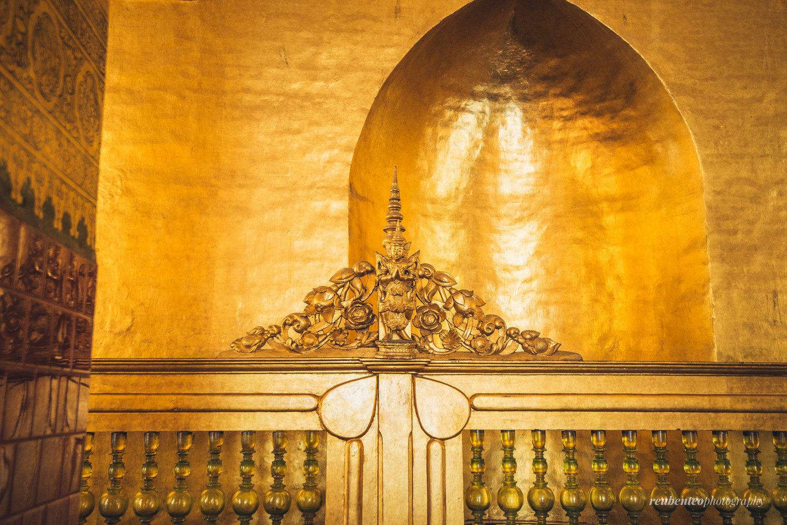 Mahamuni Buddha Temple, Mandalay