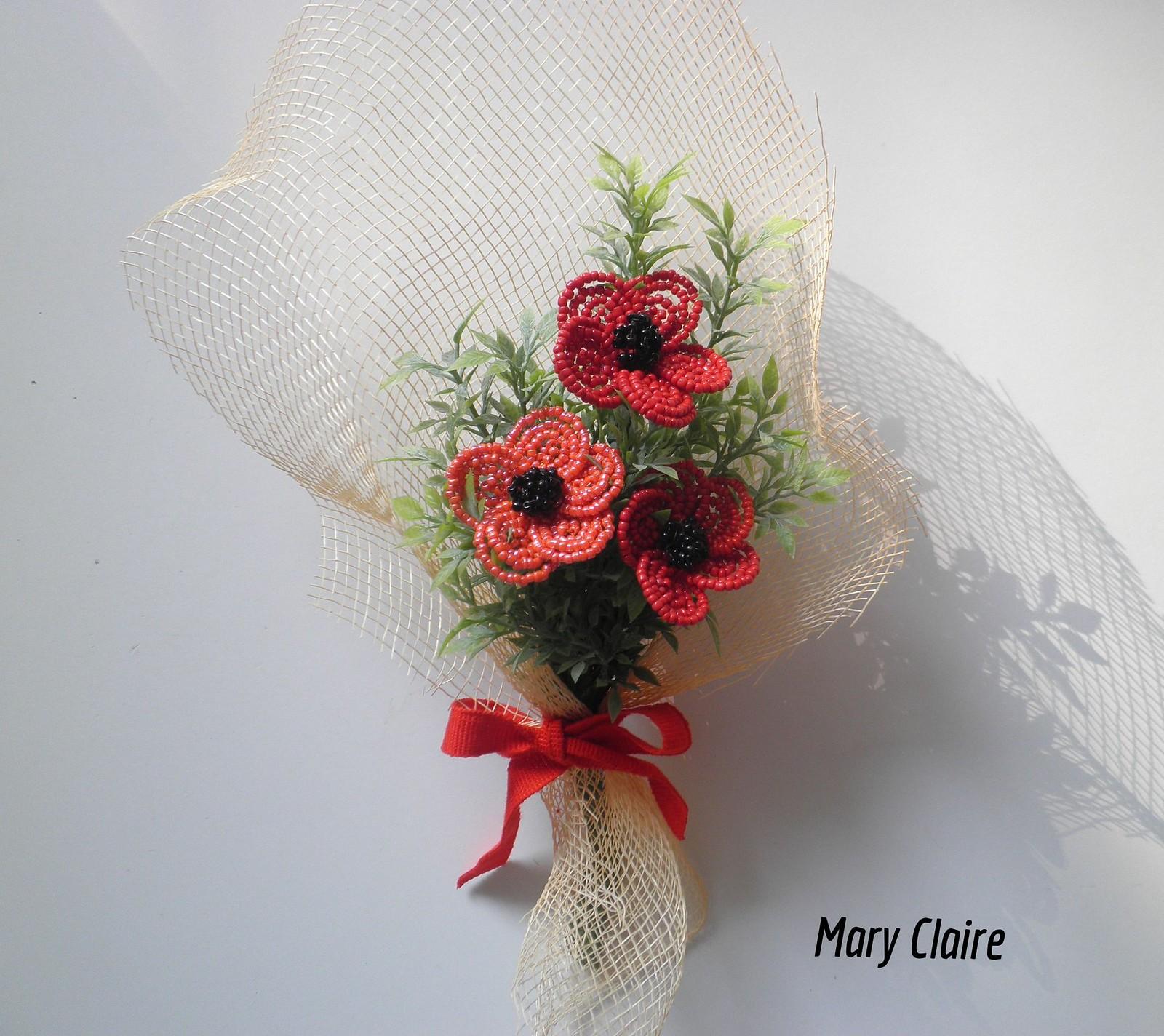 mazzolino anemoni rosso e corallo