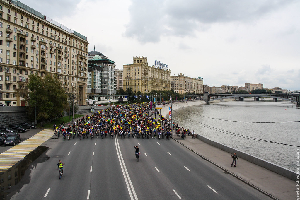 Москва прокатила велопарады