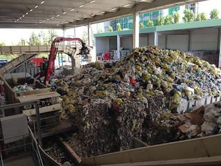Visita all'impianto di selezione e recupero rifiuti di Hera