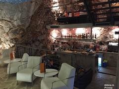 Croatia_Dubrovnik_18_Cave_Bar_Nightclub_Mai_2015_005