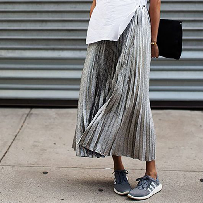 pleated skirts midi streetstyle outfit inspiration11