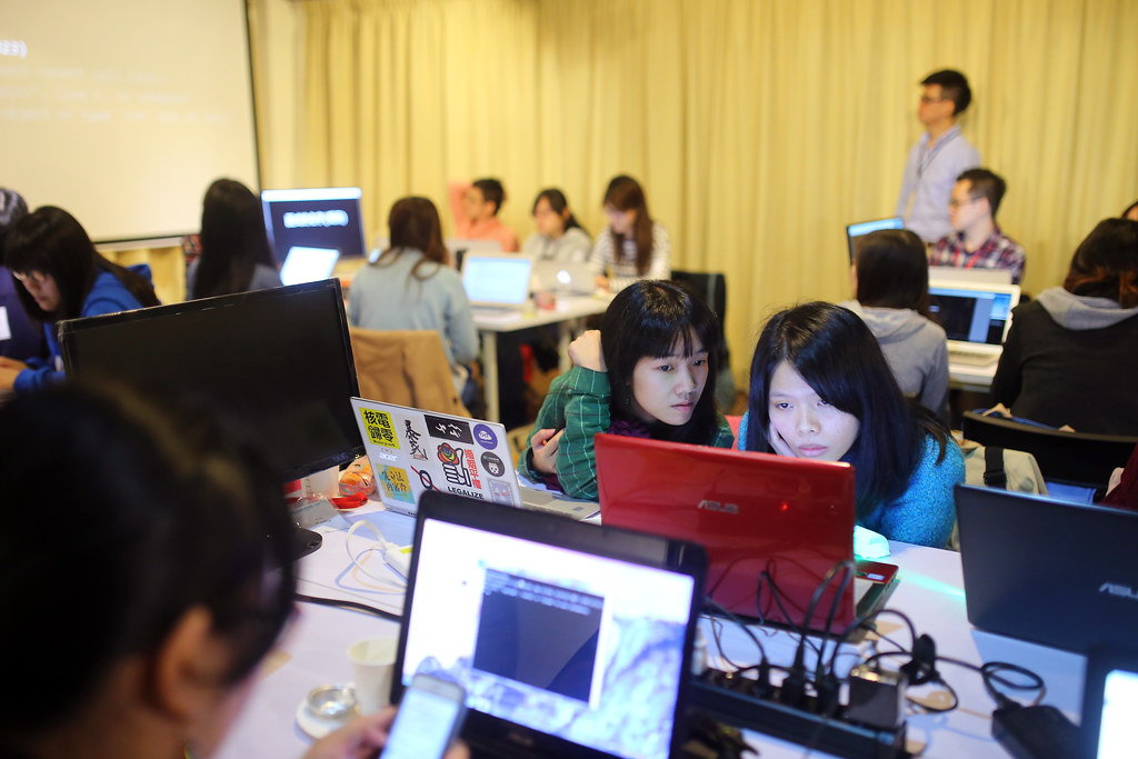 Django Girls Taipei, Taiwan 2015/12/12 今天來 Django Girls 幫忙拍攝,一些現場的畫面。  Canon 6D Sigma 35mm F1.4 DG HSM Art IMG_1121 Photo by Toomore