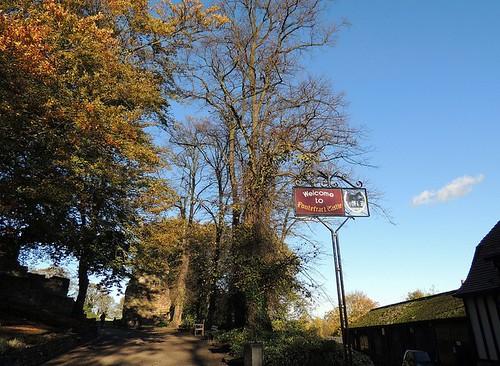 Pontefract Castle1