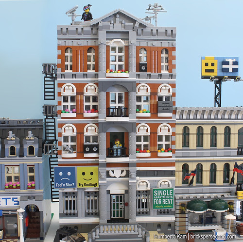 The Apartment Movie: Emmet's Apartment Building Made Of LEGO