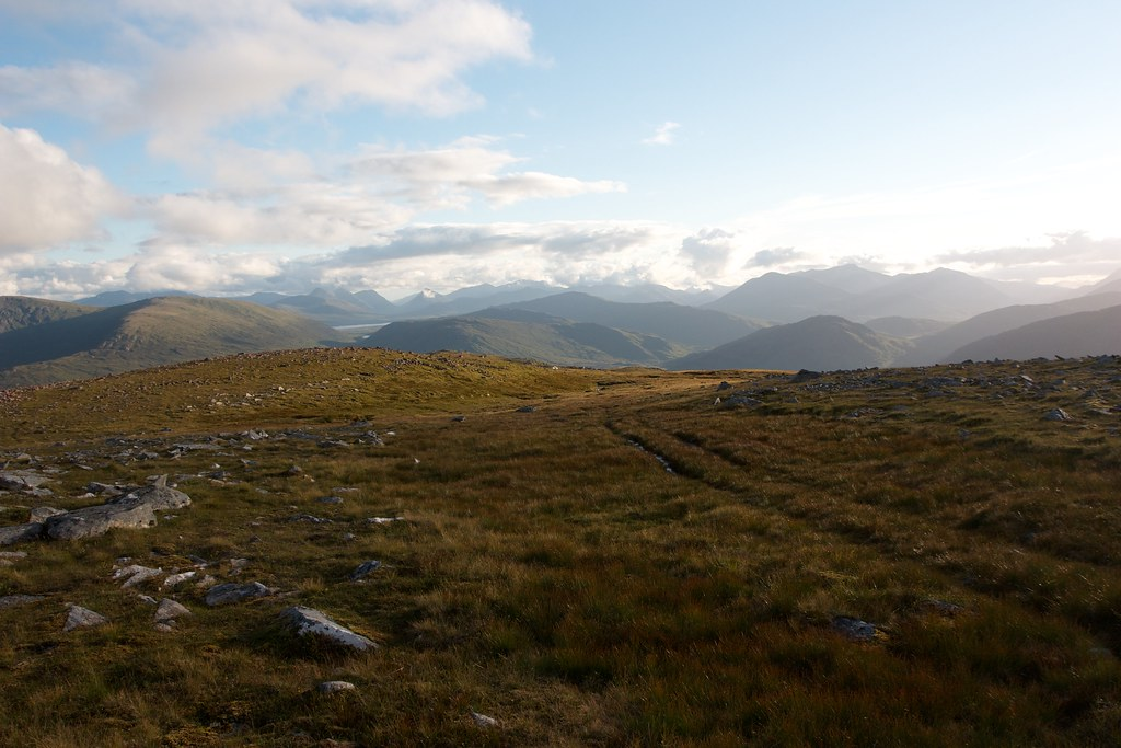 Looking south from Garbh-beinn