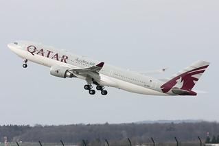 Qatar Airways Airbus A330-203 A7-ACE