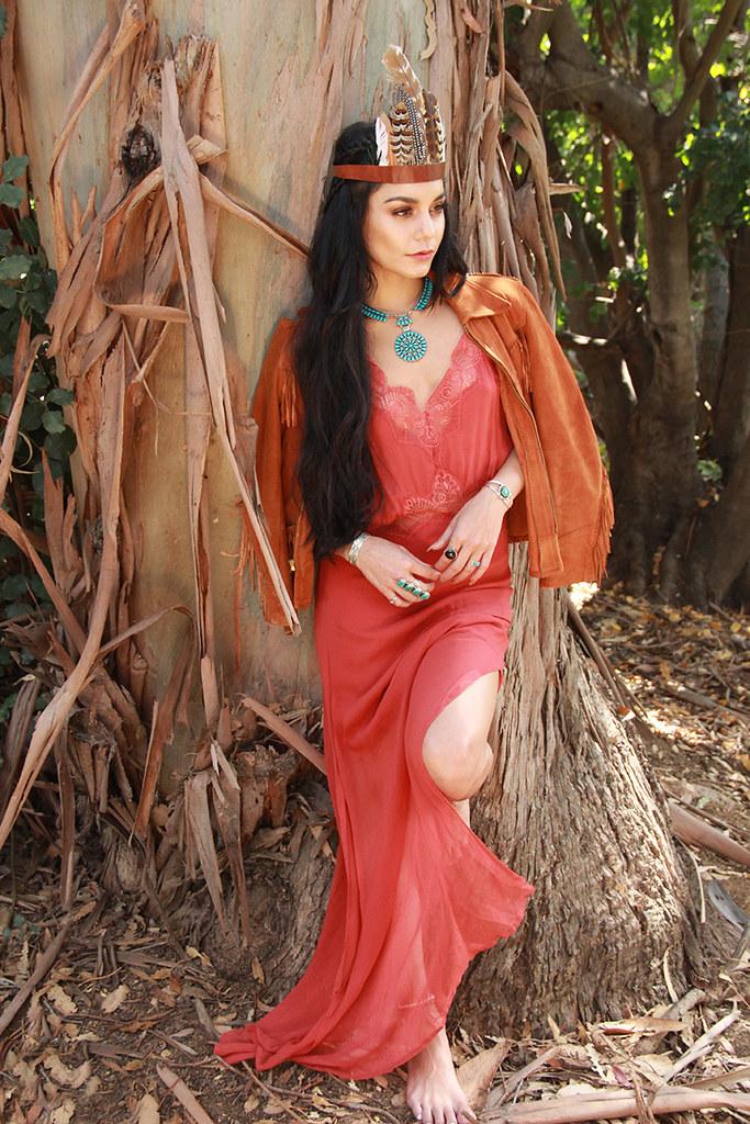 Ванесса Хадженс — Фотосессия для «Beauty Coach» 2015 – 5