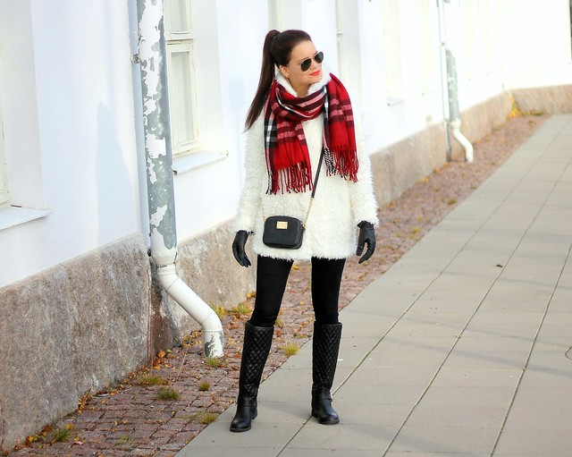 furry jacket outfit1