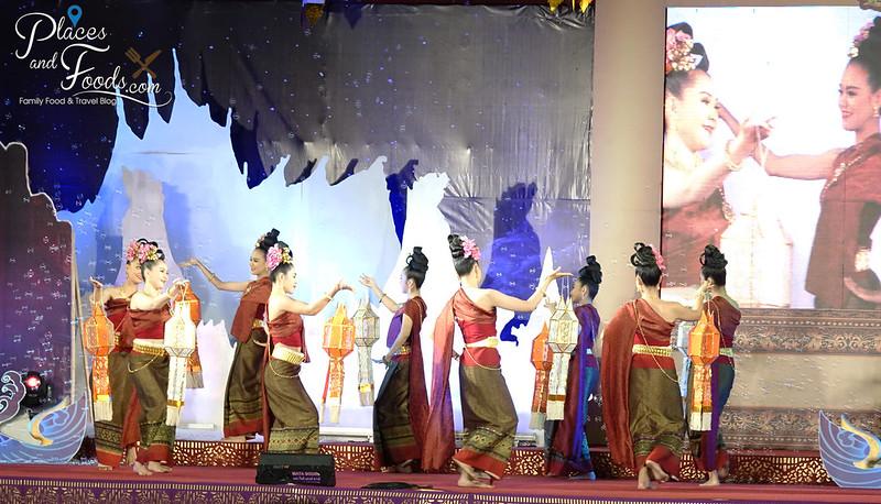 chiang mai loy krathong celebration day 1 opening dancing