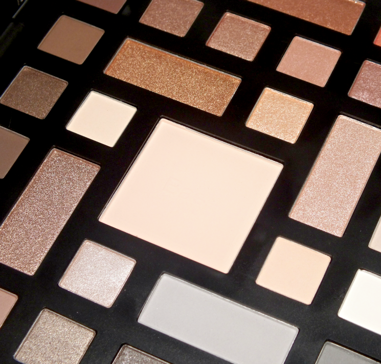 Sephora Collection Colour Wonderland Neutral & Vivid Eyeshadow Palette - Neutral side (3)