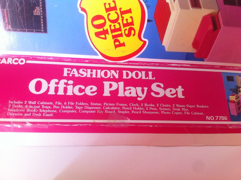 Arco Office Play Set - contents