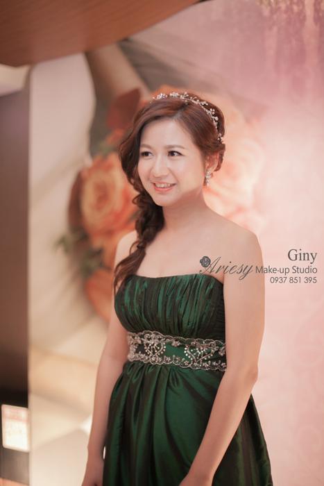 Giny,愛瑞思造型團隊,台北新娘秘書,新娘秘書,清透妝感,蓬鬆盤髮,線條盤髮,編髮,歐美手工飾品,旗袍造型,亞都麗緻