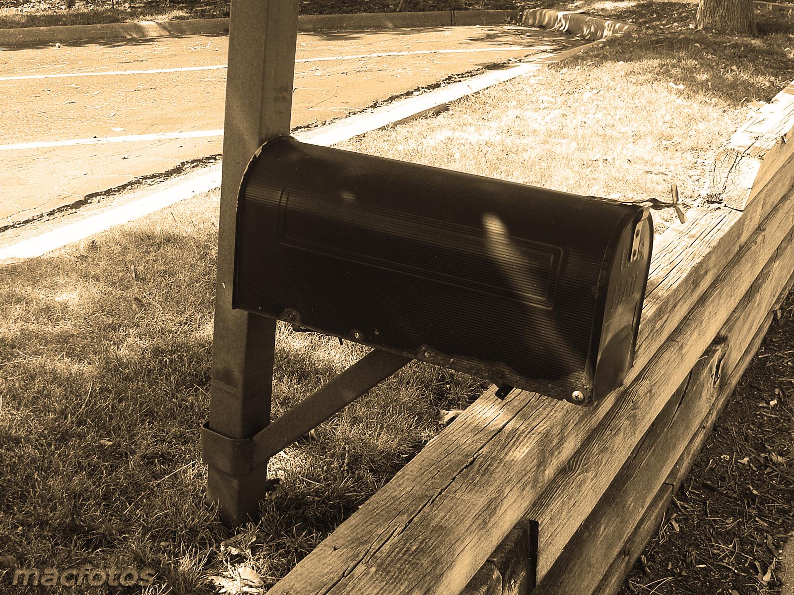 Monochrome Mailbox
