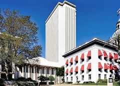 State Capitol Tower, 400 South Monroe Street, Tallahassee, Florida, U.S.A. / Architect: Edward Durell Stone & Associates / Completed: 1977