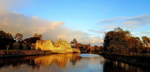 ireland castle water reflections river golden stonework samsung adare desmondcastle colimerick