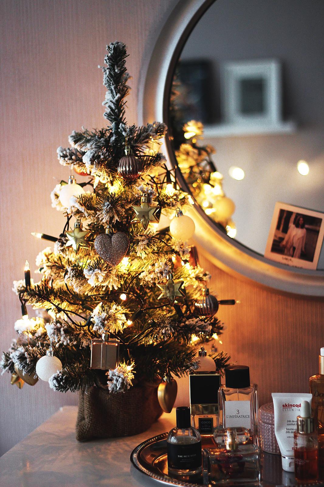 Christmas Lights Room Decor.Christmas Room Decor Luscious Style