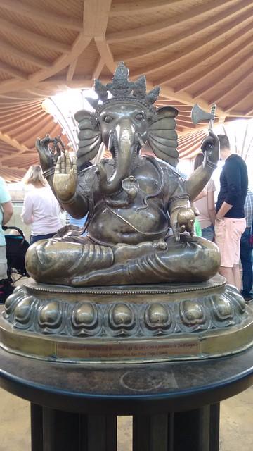 ...begrüßt uns der Elefantengott Ganesha