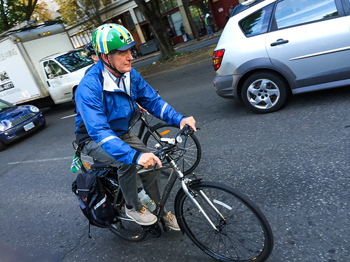 Mayor Hales bikes to work from Kenton-21.jpg