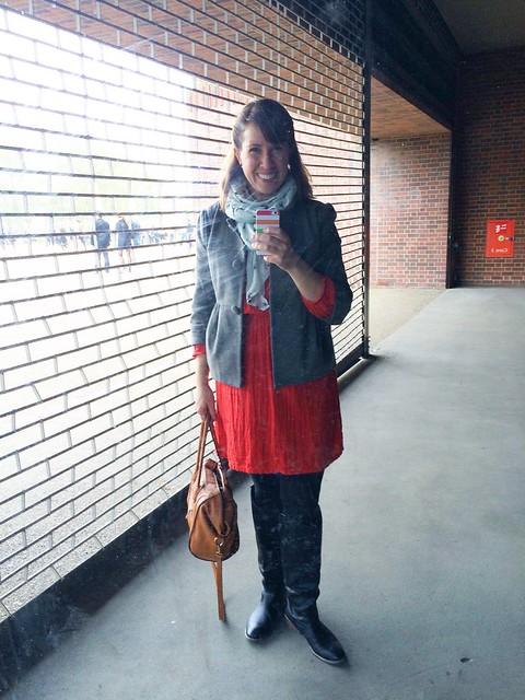 autumn mom uniform 1