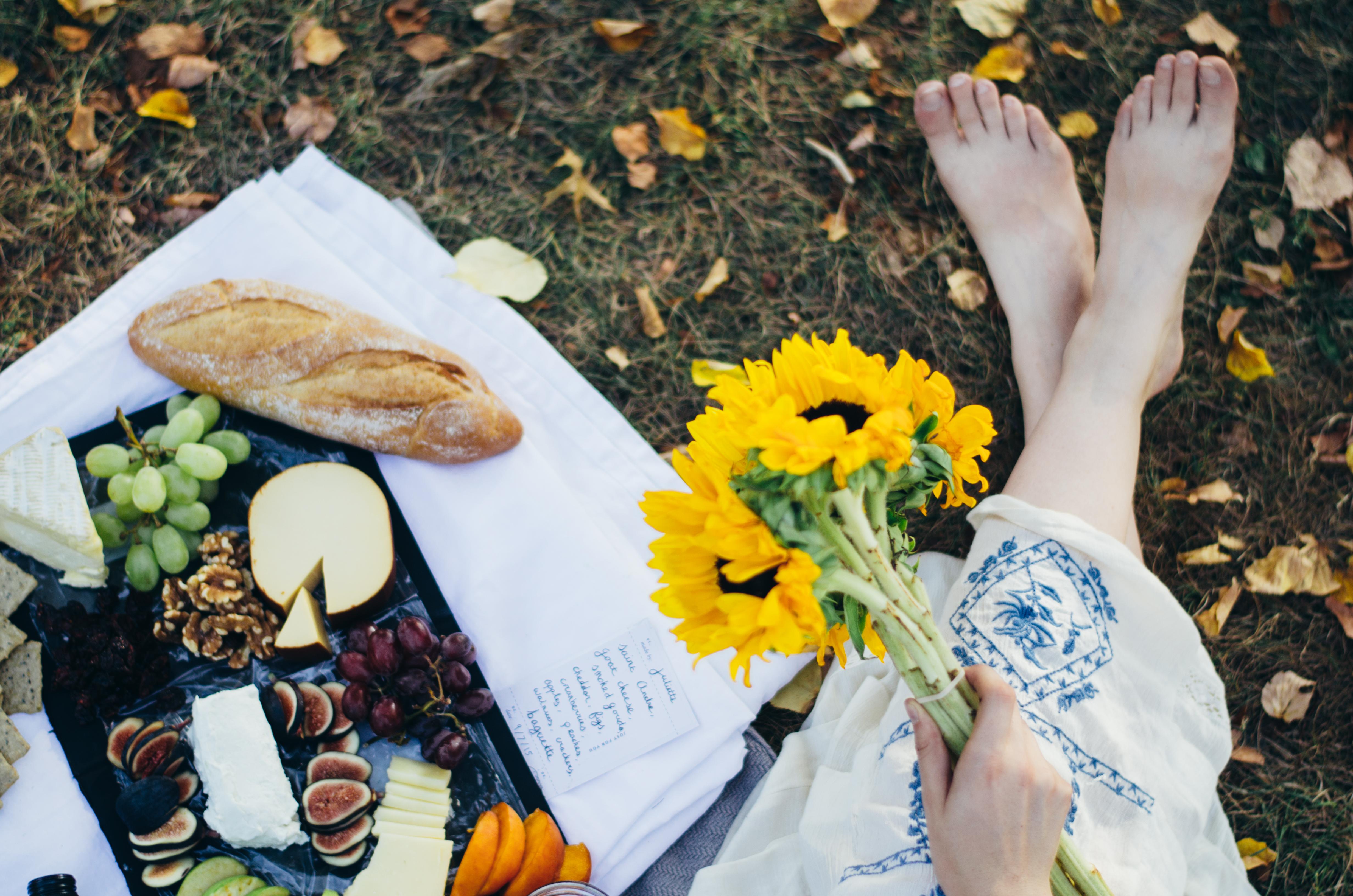 The Perfect Fall Date on juliettelaura.blogspot.com