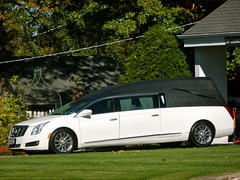 Cadillac Funeral Coach With Baue Funeral Home St Charle Flickr