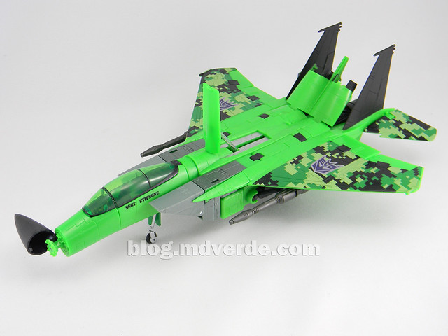 Transformers Acid Storm Masterpiece - modo alterno