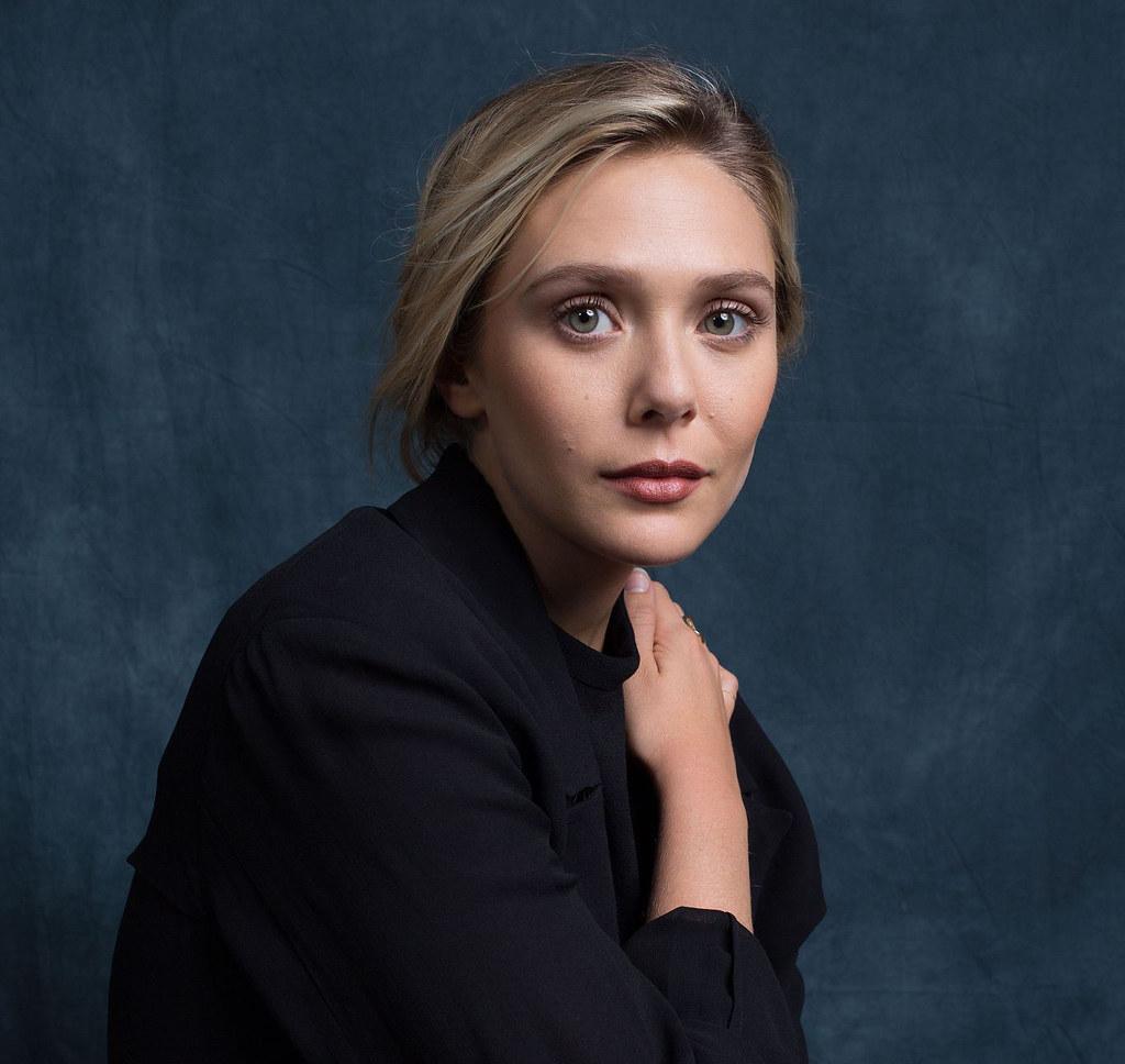 Элизабет Олсен — Фотосессия на «DFF» 2015 – 16