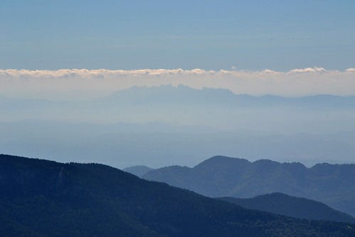 Montserrat_from_gallina_pelada