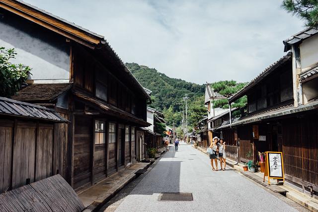 Shinmachi-doori_03