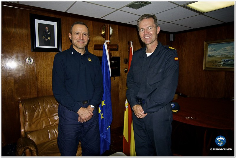 "The EU Force newcomer, spanish ship ""CANARIAS"", received the Force Commander first visit onboard – Op. Sophia EUNAVFOR MED"