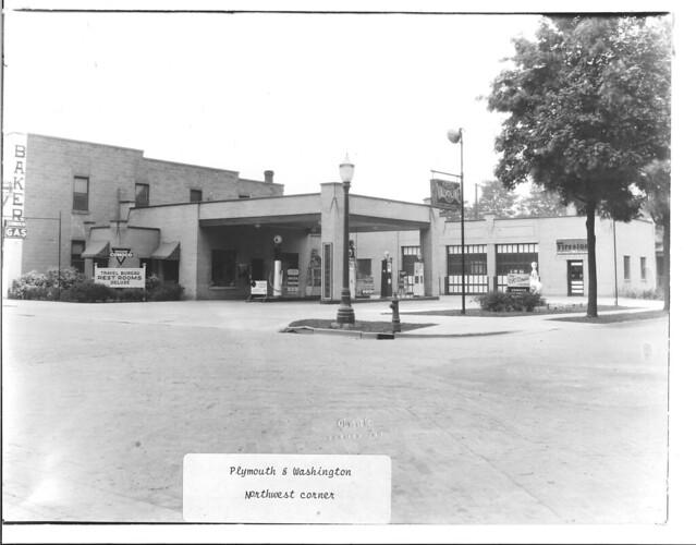 1935 or so - Plymouth & Washington - NW corner