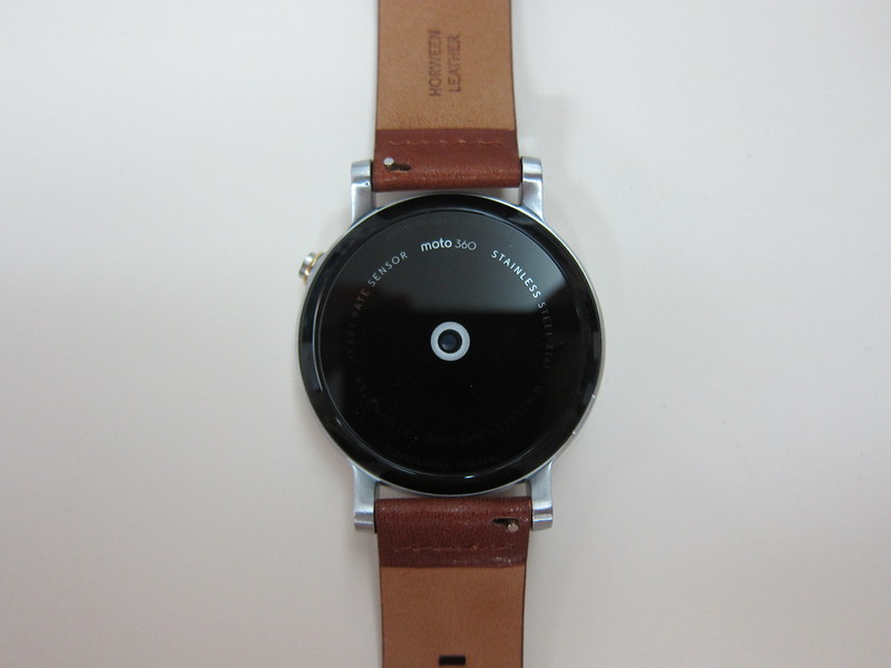 Moto 360 (2nd Gen) - Close-Up Back