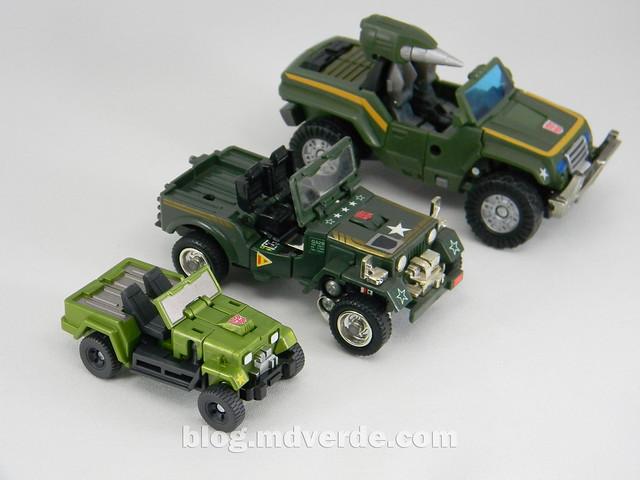 Transformers Hound EZ Collection - modo alterno vs G1 vs Henkei