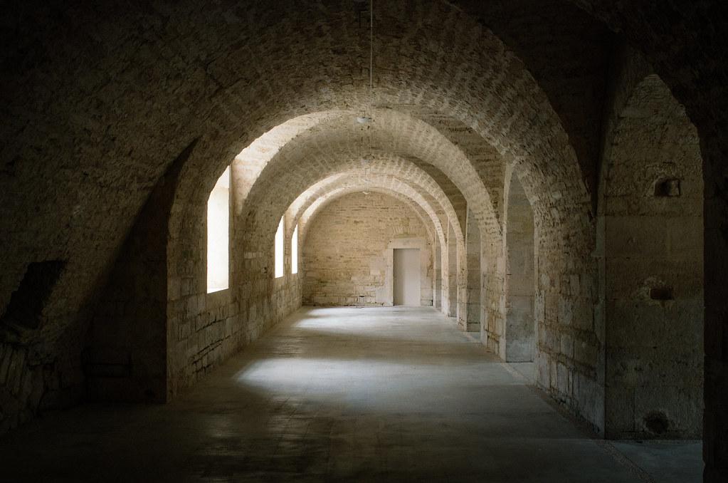 Dans l'Aube, chemins de Compostelle et via Francigena  - Carnet de voyage en France - L'abbaye d'Auberive
