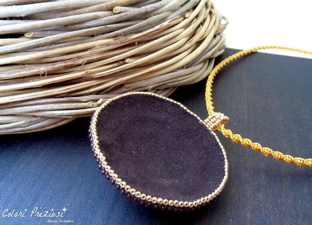 Beaded pendant - Corbula