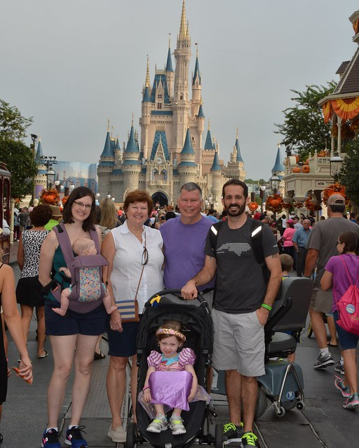 PhotoPass_Visiting_Magic_Kingdom_Park_7487609762