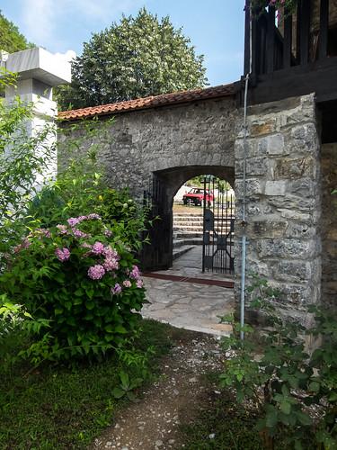 montenegro цветы архитектура черногория kolašin